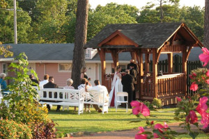 Wedding at Land O Nod Inn.