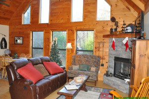 Rental living room at Enchanted Mountain Retreats, Inc.
