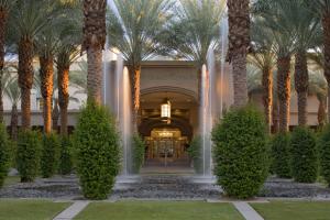 Exterior view of Hyatt Grand Champions Resort & Spa.