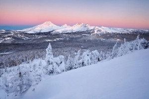 Winter time at Vacasa Rentals Sunriver.