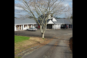 Exterior view of Karaka Lodge.