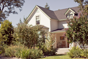 Exterior view of Flower Farm Inn B & B.