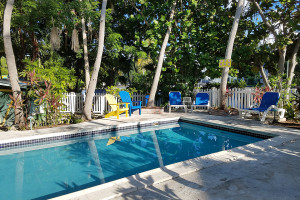 Outdoor pool at La Jolla Resort Hotel.