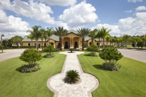 Resort exterior at Orlando Luxury Escapes Vacation Rentals.