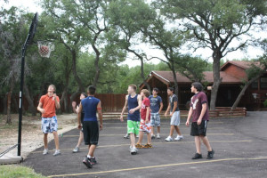 Basketball Court at Canyon Lake Cabins & Cottages