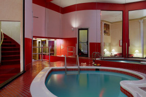 Private spa of Poconos Palace at Cove Haven Entertainment Resorts.