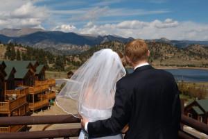 Wedding couple at Marys Lake Vacation Condos.