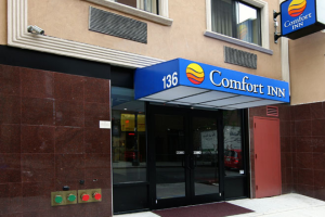 Exterior View of Entrance to Comfort Inn Lower East Side