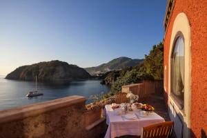 Patio dining at Grande Albergo Mezzatorre.