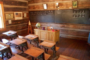 Pine-Strawberry Historical Schoolhouse near Cabins on Strawberry Hill.