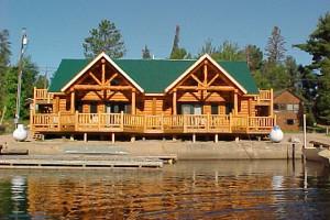 Exterior view of Voyageurs Landing Resort.