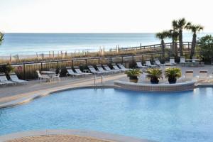 Outdoor pool at Palacio Perdido Key.