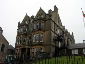 Exterior view of Stromness Hotel.