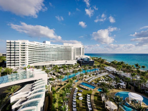 Exterior view of Fontainebleau Hotel and Resort.