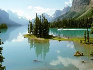 Lake view at Jasper Inn Alpine Resort & Inn Restaurant.