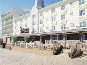 Exterior view of Plim Plaza Hotel Ocean City.