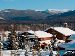 Snow covered landscape at Vista Verde Ranch.