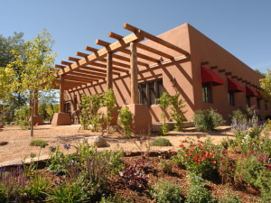 Exterior View of Santa Fe Sage Inn