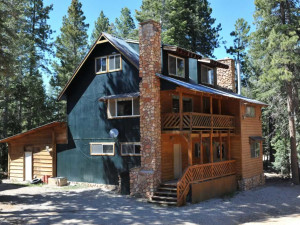 Vacation rental at Pinewoods Resort.