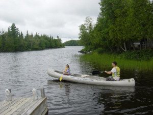 Canoeing at Nor'Wester Lodge.