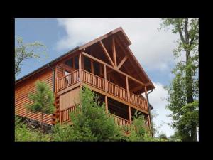 Exterior view of Eden Crest Vacation Rentals, Inc. - Angels Crest.