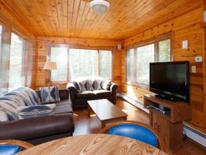 Gretnas cottage living room at Door County Cottages.