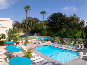 Exterior view of San Clemente Inn Resort & Conference Center.