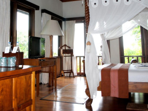 Guest room at Diwangkara Beach Hotel.
