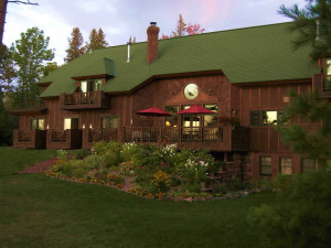 Exterior view of Siskiwit Bay Lodge.