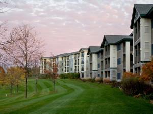 Exterior view of Holiday Inn Club Vacations Lake Geneva Resort.