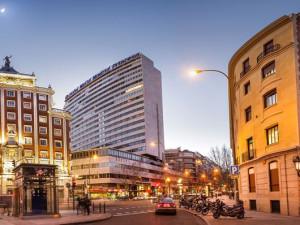 Exterior view of Meliá Madrid Princesa.