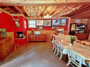 Dining room at Hisega Lodge.