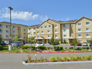 Exterior view of TownePlace Suites Sacramento Cal Expo.