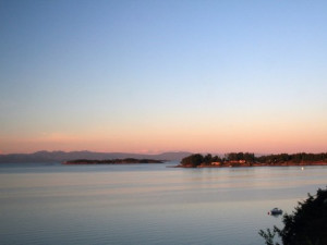 Sunrise off the water at Sunrise Ridge Resort.