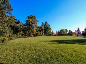 Golf course near at Vacasa Rentals Sunriver.