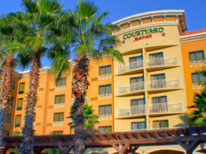 Exterior view of Courtyard Sandestin at Grand Boulevard.