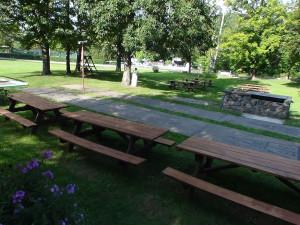 Picnic tables at Crystal Brook Resort.