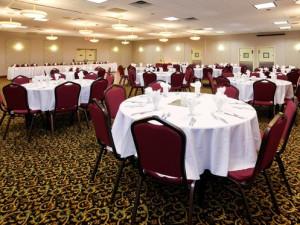 Banquet room at Holiday Inn Detroit Lakes.