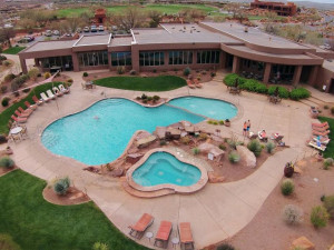 Outdoor pool at The Inn at Entrada.