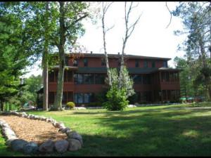 Exterior view of Chippewa Retreat Resort.