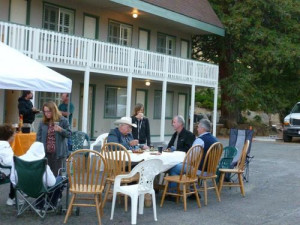 Outside dining area at Woodfords Inn.