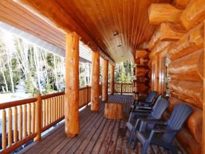 Vacation rental deck at Brian Head Vacation Rentals.