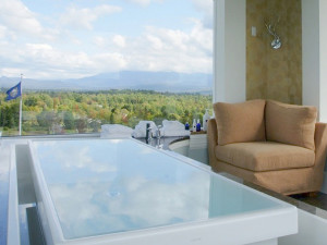Spa tub at Mountain View Grand Resort.