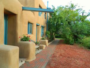 Exterior view of Pueblo Bonito.