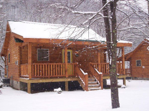Outside view of the cabins during winter at New River Trail Cabins.