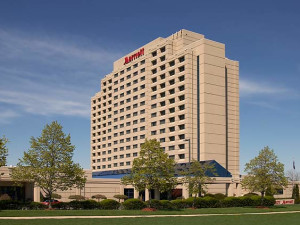 Exterior view of Detroit Marriott Troy.
