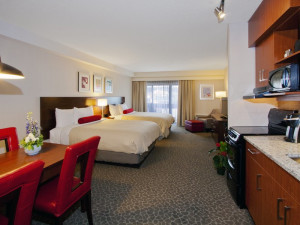 Guest room at The Crimson Jasper.