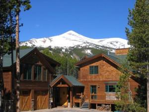 Vacation rental exterior at Jane's Lodges.