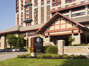 Exterior view of DoubleTree Fallsview.