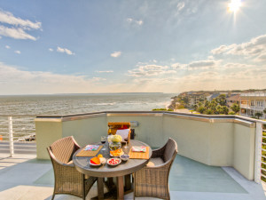 Vacation rental balcony at Hodnett Cooper.